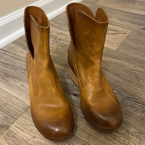 Kork Ease Orignal Leather Boot size 5